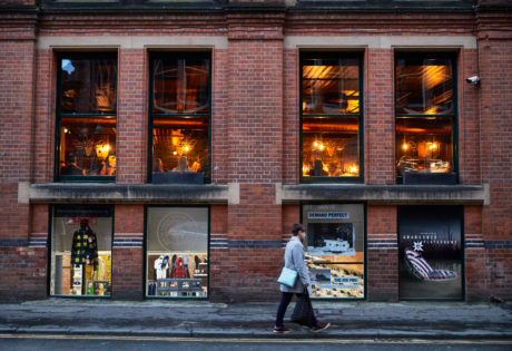 5 advantages of city living in Manchester